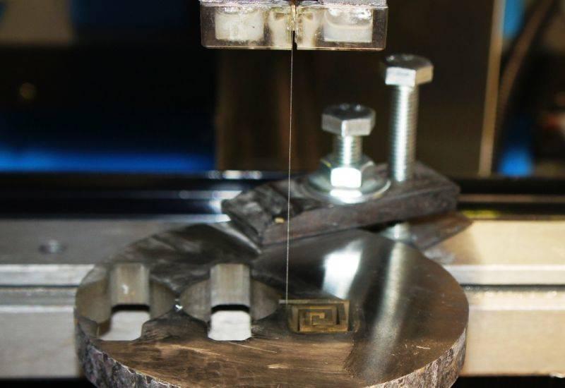 Станок для электроэрозионной обработки металлов своими руками
