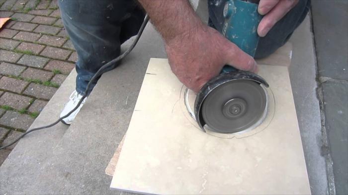 Чем резать керамогранит: инструменты для отверстий, прямого либо художественного реза