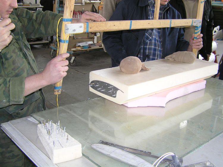 Инструменты для резки пенопласта: использования и особенности