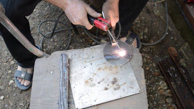 Сварка тонкого металла инвертором: как варить электродом тонкостенный профиль?