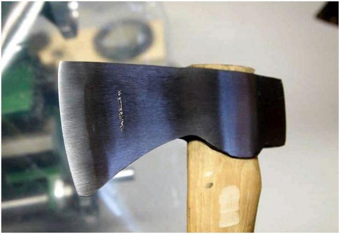 Как выполнить качественную заточку топора и не испортить инструмент