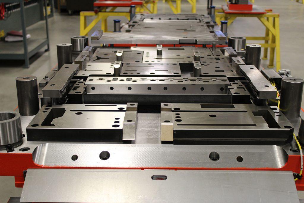 Листовая штамповка как технология серийного изготовления деталей