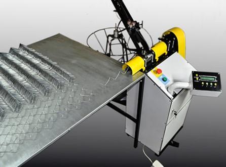 Обзор станков по изготовлению сетки-рабицы на рынке и как сделать станок своими руками
