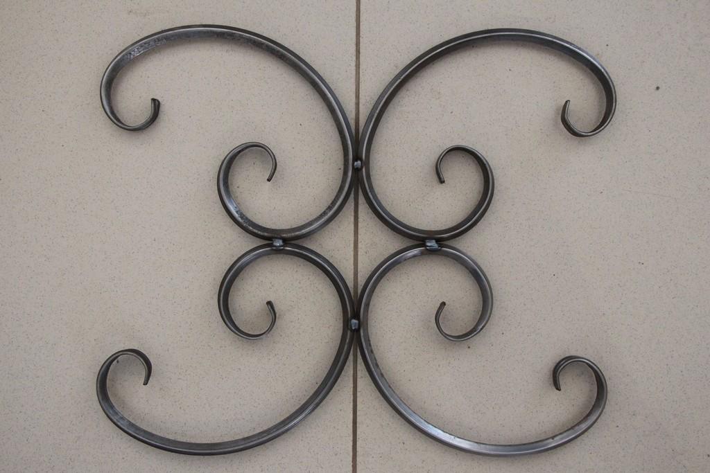 Холодная художественная ковка металла: что это такое, образцы узоров и элементов, необходимое ручное и автоматическое оборудование, бизнес на выпуске изделий