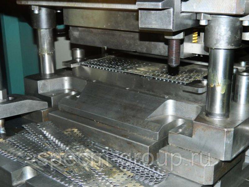 Штамповка листовой стали: применяемые марки, технологии, получаемая продукция