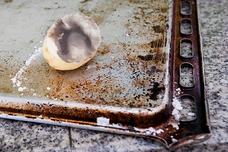 Как очистить ржавчину с металла: 20 способов оттереть железо в домашних условиях