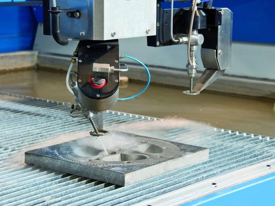 Как работает станок гидроабразивной резки: устройство установок