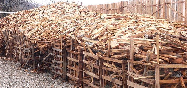 Переработка горбыля: окорочные станки, инструменты для распиловки, дробилки и прочее оборудование для производства тарной доски, дров, щепы и других изделий