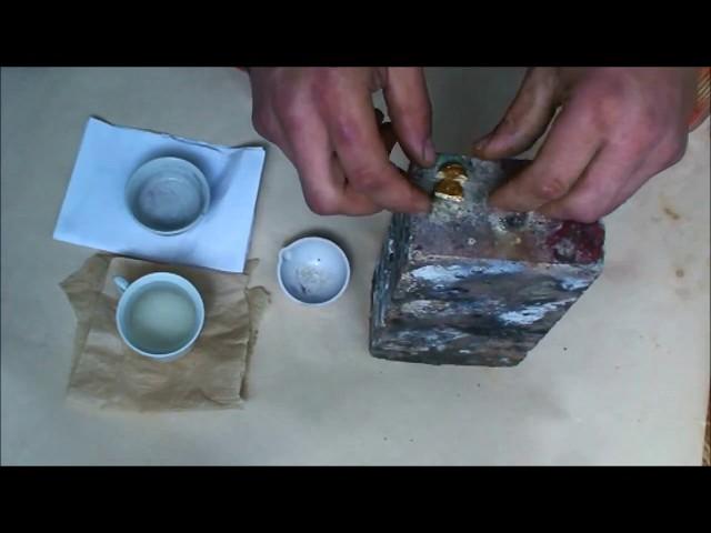 Способ плавки и литья металла во вращающейся и наклонной емкости