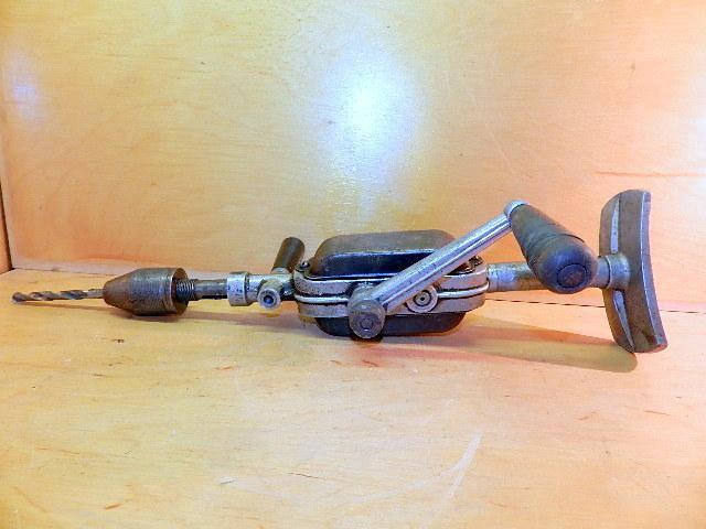 Ручная дрель механическая. привет из ссср. отечественный электроинструмент: история, реалии, перспективы устройство ручной дрели