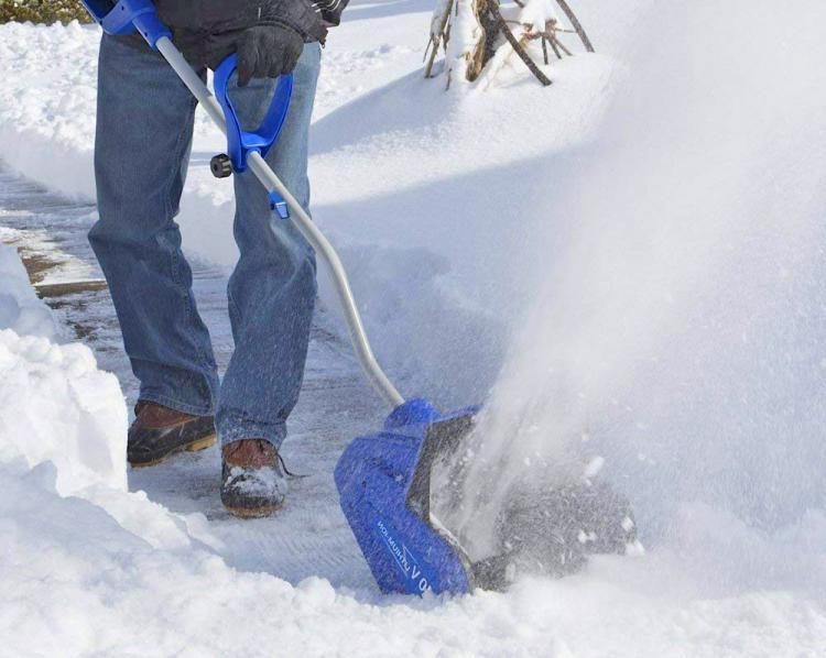 Электрическая снегоуборочная лопата: как выбрать снегоуборщик? особенности электрических моделей для уборки снега. характеристики лопат «электромаш»