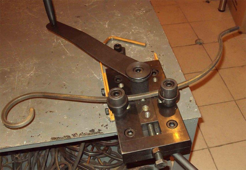 Станки для холодной ковки: как создать художественные элементы из металла – советы по ремонту