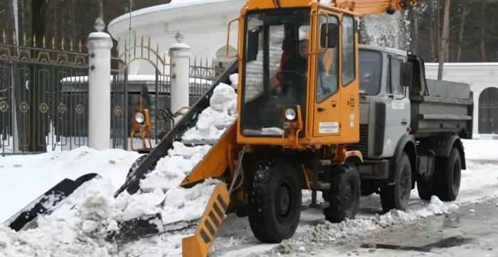 Дорожные снегоуборочные машины импортные и отечественные, обзор рынка