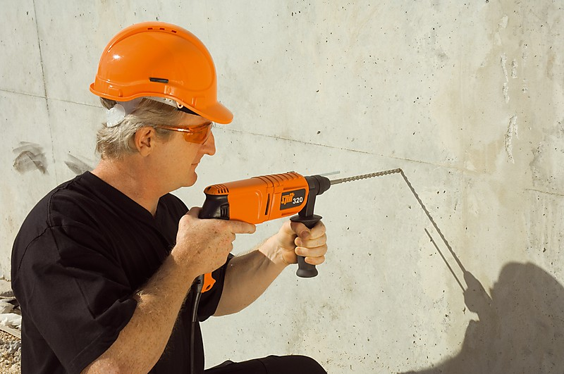 Чем сверлить бетонную стену: советы по выбору инструмента