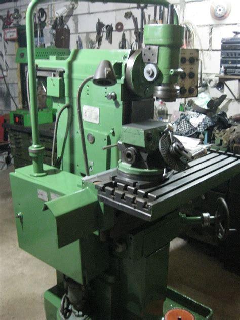 Технические характеристики широкоуниверсального фрезерного станка 676, схемы