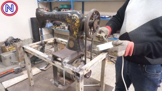 Самодельный лобзиковый станок из электролобзика: чертежи для изготовления своими руками