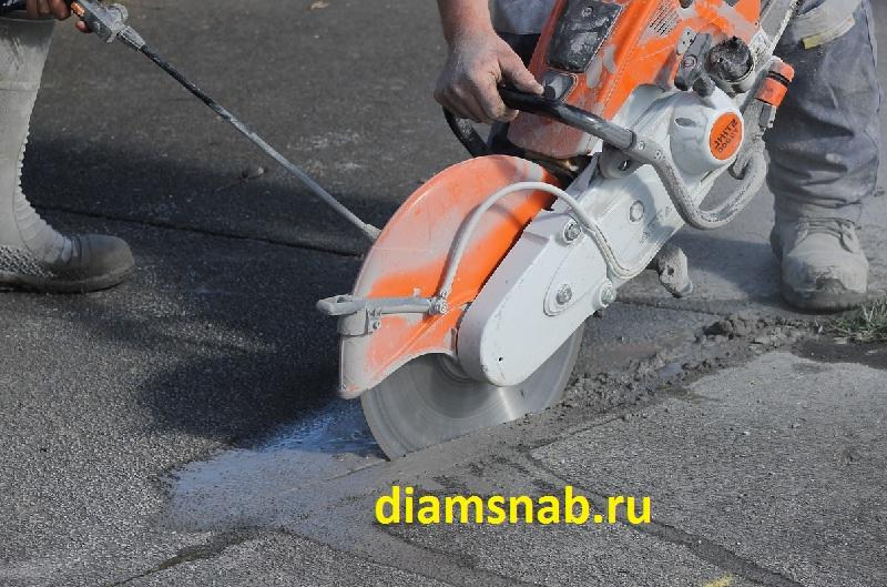 Чем лучше резать бетон и какой инструмент выбрать