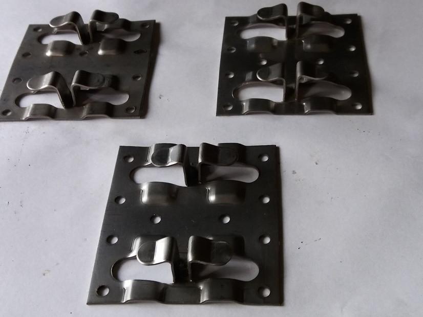 Какие виды штамповки применяются для обработки деталей из листового металла?