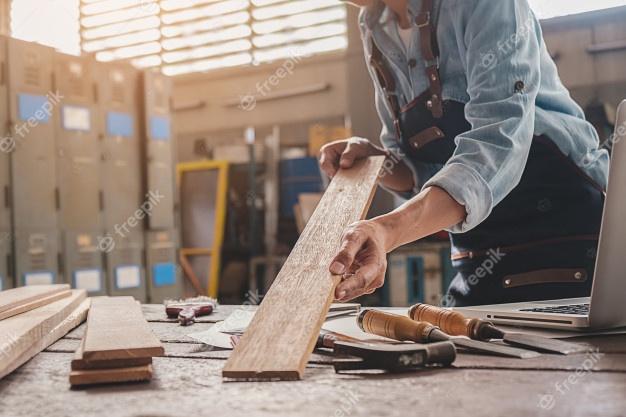 Столяр: мастер по работе с деревом
