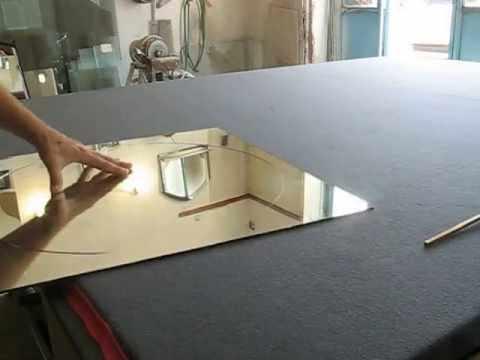 Как резать зеркало стеклорезом в домашних условиях?