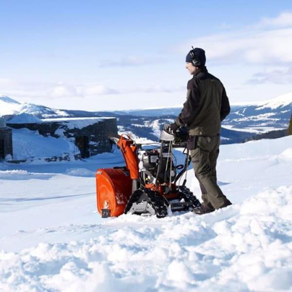 ✅ снегоуборочная машина хускварна: инструкция по эксплуатации, самоходный бензиновый снегоуборщик 5524st и его цена, модели, st276ep и инструкция, 8024 ste и st268ep - tractoramtz.ru