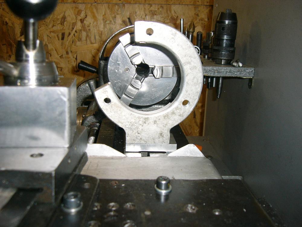 Люнет для токарного станка: строение и использование