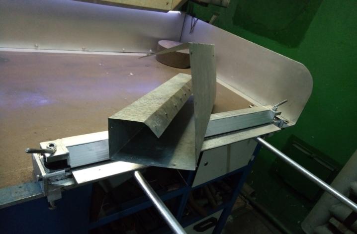 Радиусная гибка листового металла на заказ в москве