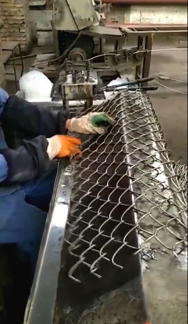Бизнес на изготовлении сетки-рабицы
