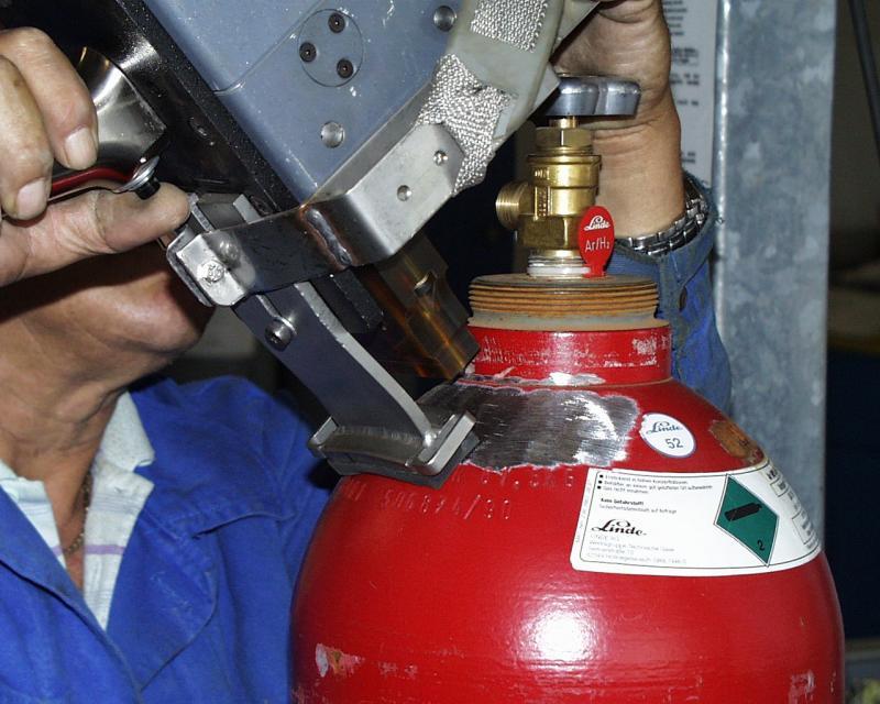 Как нужно испытывать газовые баллоны: периодичность проверки состояния, техническое переосвидетельствование