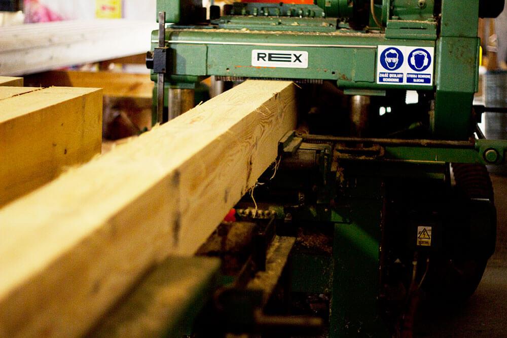 Четырехсторонние деревообрабатывающие станки: станки по дереву для вагонки и их настройка. автоподатчик поперечного типа для 4-сторонних станков, мини-станки и другие модели
