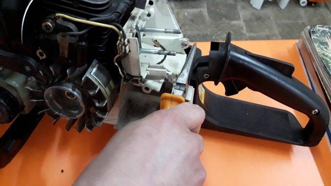 Регулировка зажигания бензопилы штиль 180
