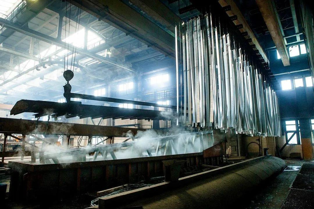 Горячее цинкование: технология покрытия, виды оборудования