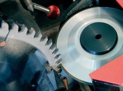 Как наточить пильный диск с победитовыми напайками