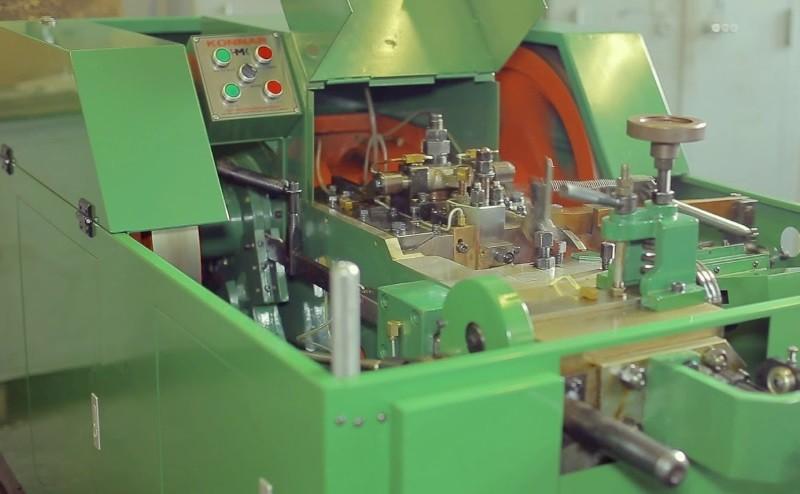 Станки и другое оборудование для производства саморезов