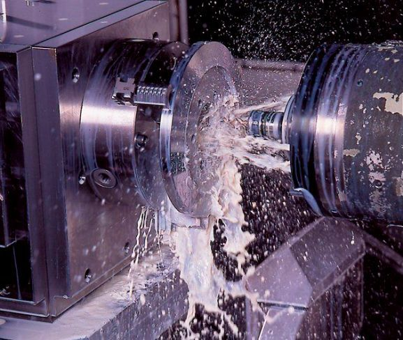 Вид обработки металлической поверхности