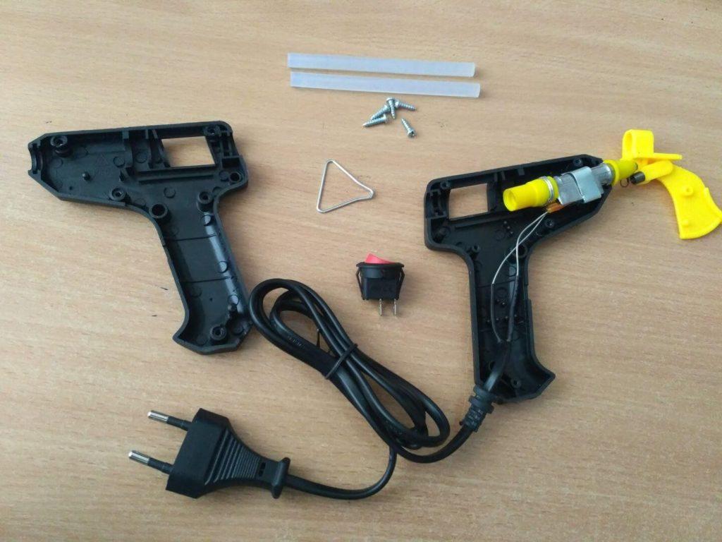 Какой клеевой пистолет выбрать для рукоделия и творчества: технические характеристики и функциональность
