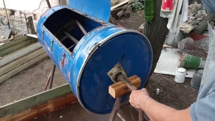 Делаем ручную бетономешалку из бочки своими руками, быстро и без особых затрат