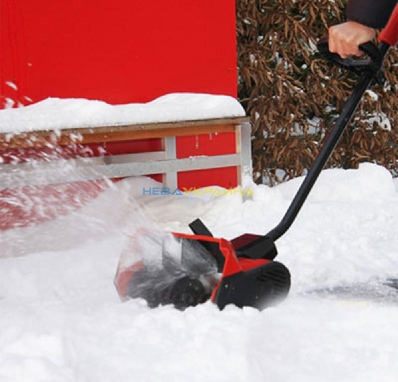Характеристика чудо-лопаты для уборки снега со шнеком