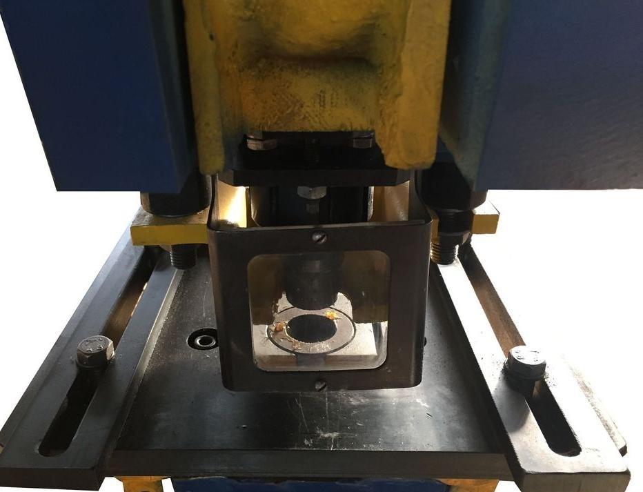 Координатная пробивка отверстий в металле: всё, что нужно знать о процессе - полезные статьи по металлообработке
