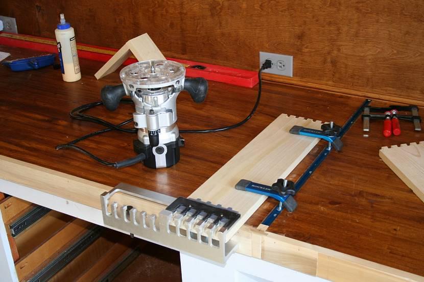 Фрезеровочный станок по дереву — выбор лучших моделей для бытовых нужд