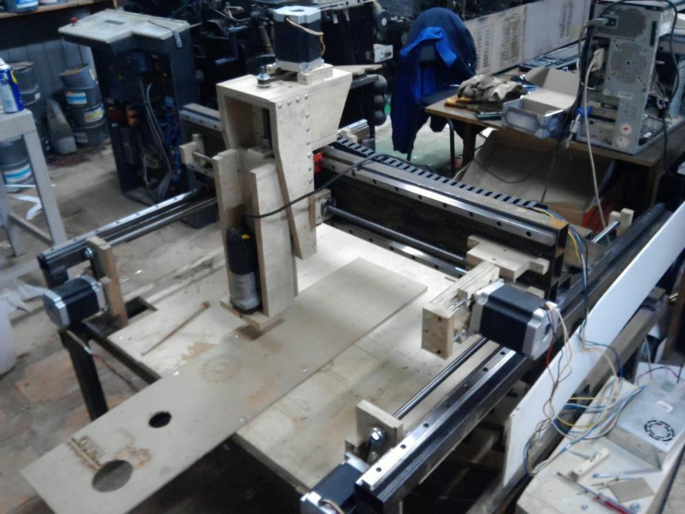Настольные фрезеровочные станки по металлу, их конструктив и классификация