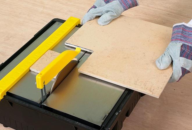 Как пользоваться ручным плиткорезом: пошаговая инструкция :: syl.ru