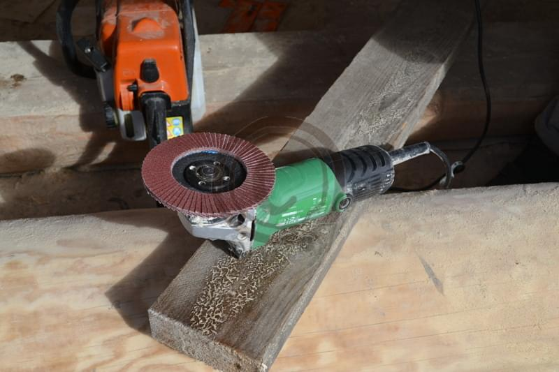 Наждачная бумага для дерева: какой наждачкой можно шлифовать дерево перед покраской? какой вид зернистости выбрать для шлифования?